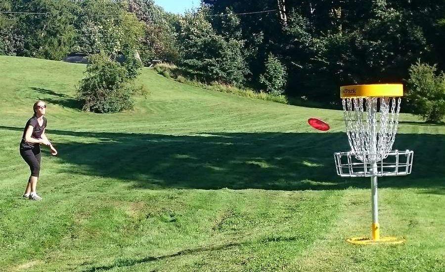 Disc golf er den perfekte aktivitet for hele familien